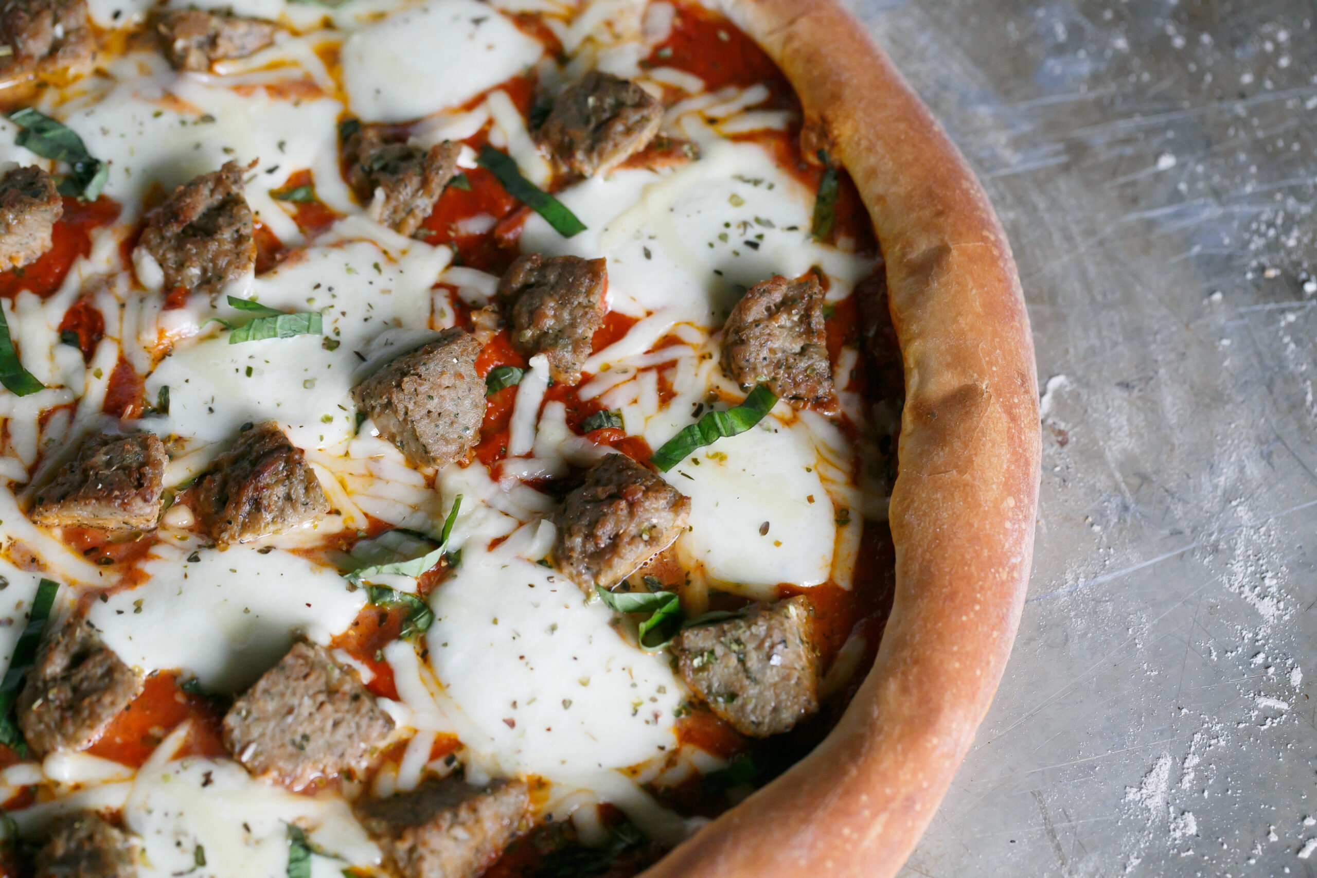Deweys Meatball Pizza